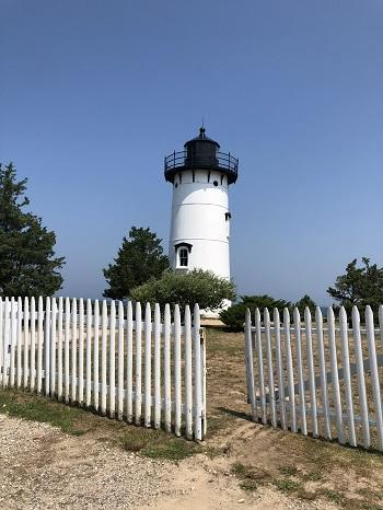 OakBluffLighthouse